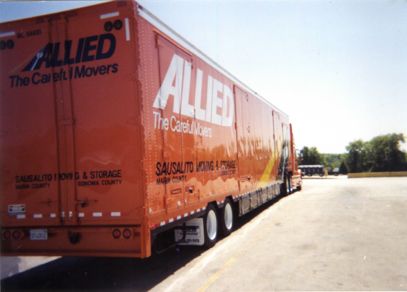 allied van lines truck on long distance move